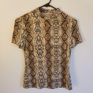 Tops - Mock neck snakeskin pattern tee